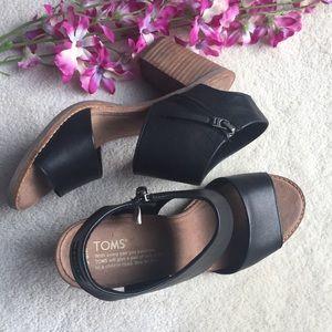 TOMS Majorca Black Leather Cutout Sandal Sz 8.5
